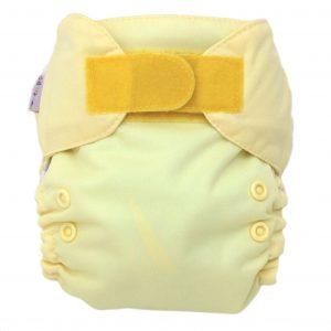 Pañal recien nacido mantequilla